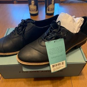 Toms leather and suede oxford NWT